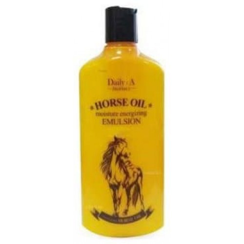 Увлажняющая эмульсия для лица с лошадиным жиром Daily - Horse Oil Moisture Energizing Emulsion, 400 мл